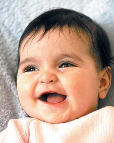 宝宝吐奶是怎么回事?