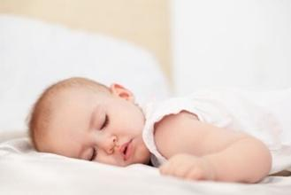 给宝宝睡好头型是什么意思?怎样做才能帮助宝宝睡出好头型