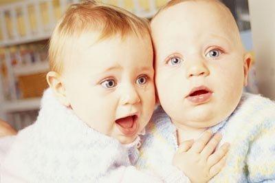 如何护理新生儿耳朵?护理宝宝耳朵的注意事项