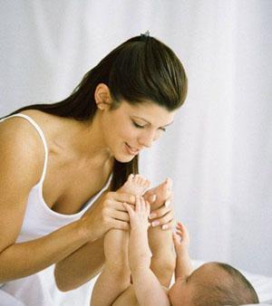 宝宝3个月亲子游戏