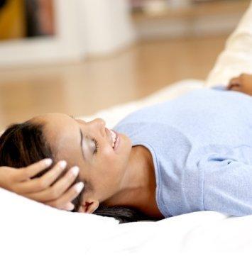 产后怕冷怎么办?如何护理产妇产后怕冷?